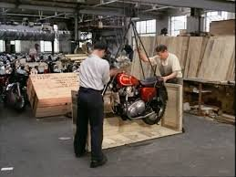 Matchless G15CSR being packed pic